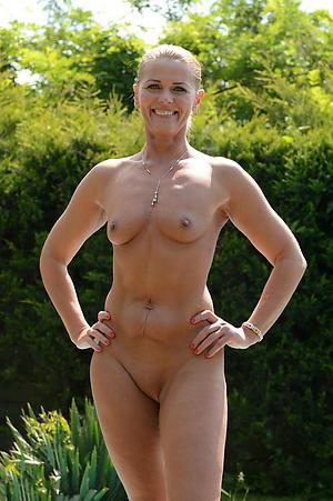 Gorgeous matures XXX women picstures