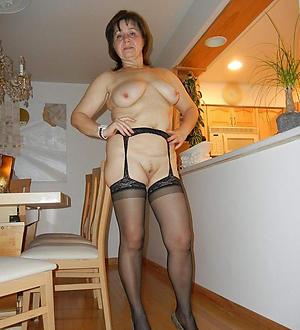 Pretty sexy private mature pics