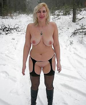 Gorgeous mature tit pics