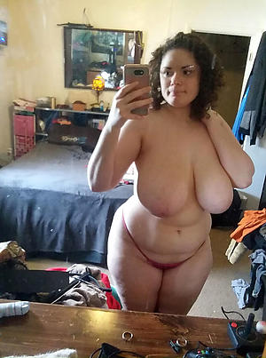 Gorgeous naked mature selfies foto