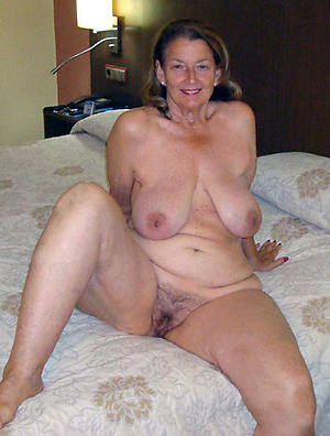 Naked xxx mature sluts pics