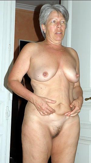 Hot porn of amateur mature naked women