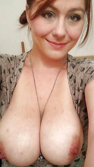 Sexy mature women nude selfshots
