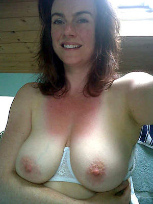 Beautiful mature naked selfshots pics