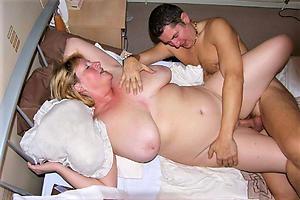 Pretty mature strata having sex pics