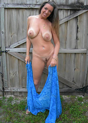 Gorgeous mature white girls pics