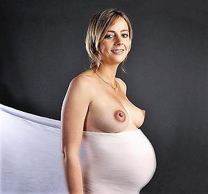 Amateur pics of of age pregnant unveil