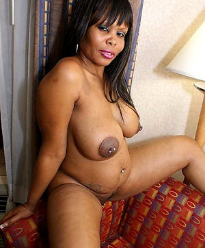 Ebony Mature Pictures