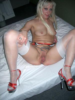 Nude mature sluts almost heels amateur porn photos
