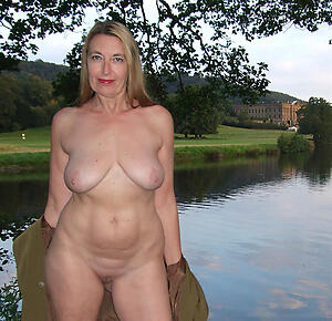 Gorgeous mature beautiful nudes pics