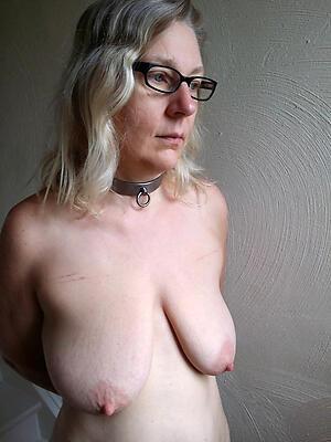 Xxx mature in glasses hot photos