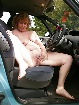 Nude mature sexy in car pic