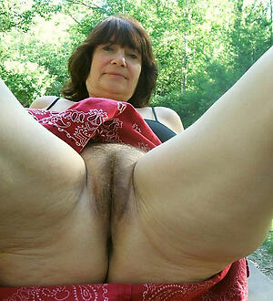 Beautiful unshaved mature pussy naked photo