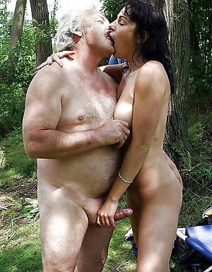 Real hot mature elder statesman couples pics