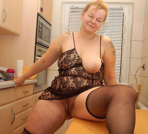 Amateur pics of mature german housewives