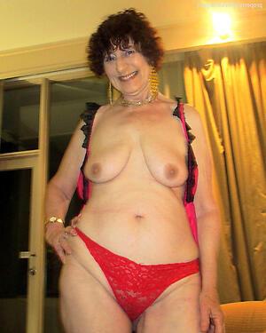 Nude mature older moms gallery
