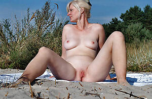 Sizzling wife naked outdoors free pics