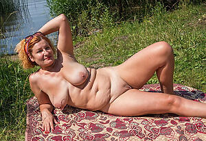 Outdoor Mature Pictures