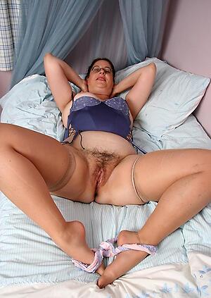 Slutty naked womens vaginas photo