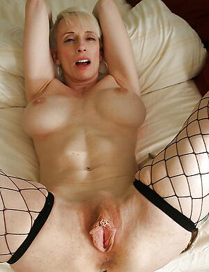 Real full-grown white whores pussy pics