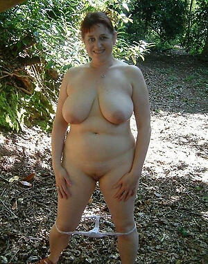 Xxx chubby mature moms naked pics