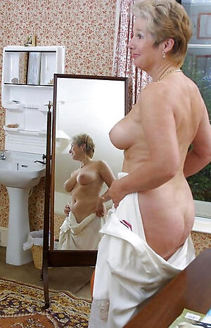Real mature private homemade pussy pics