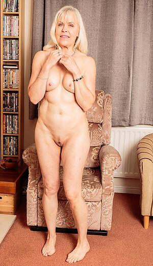 Free mature nude ragtag