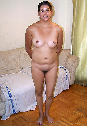 Slutty matured indian pussy naked