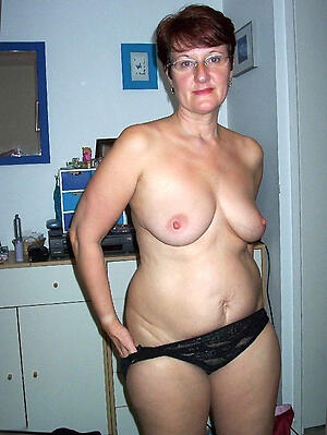 Beautiful homemade mature porn pic