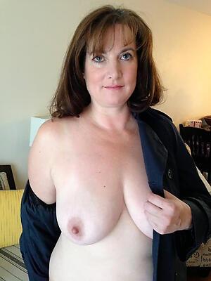 Xxx mature wife nude photo