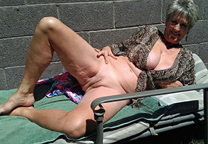 Amateur pics of naked classic full-grown women
