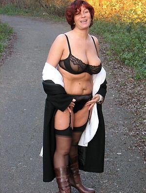 Beautiful mature classic nude pics