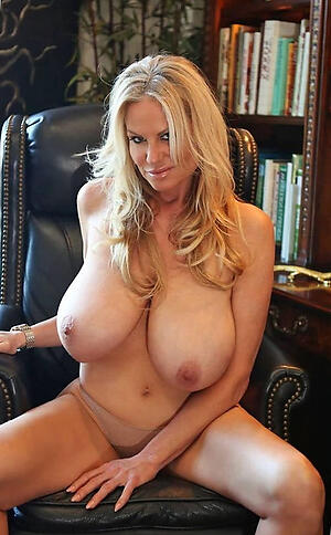 Xxx nude mature free and unwed