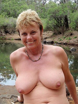 Sexy real mature singles pussy pics