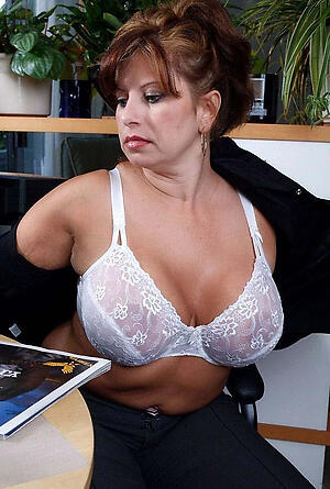 Reality mature housewife xxx