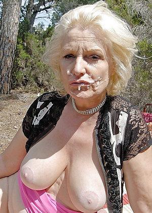 Amateur pics of mature mom cumshot pictures