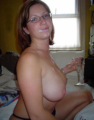 Nice mature women cumshot pics