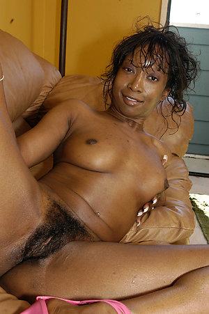 Homemade pics of hot ebony wife