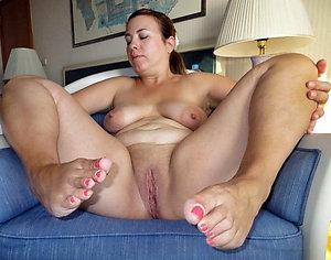 Nice nude womens feet images