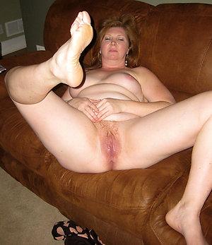 Amazing mature mom feet pics