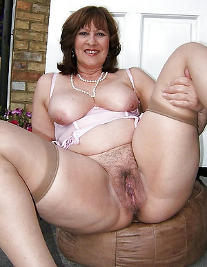 Amateur pics of sexy old girlfriend pics
