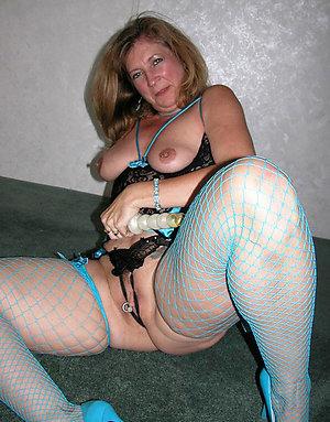 Nice amateur mature girlfriends nude