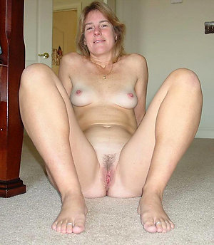 Nude hot amateur mature girlfriend