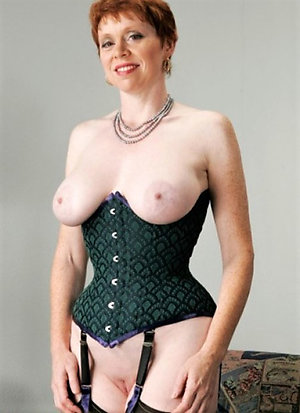 Free naked amateur mature girlfriends