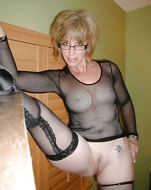 Magnificent hot mature chicks with glasses