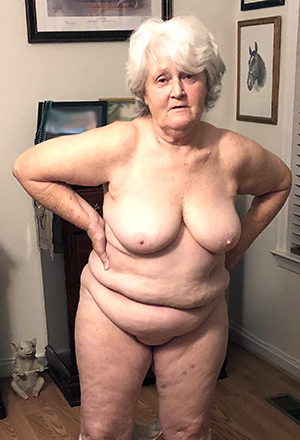 Naughty old lady pussy amateur pics