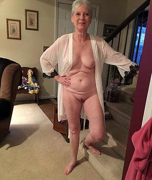 Homemade horny old lady pics