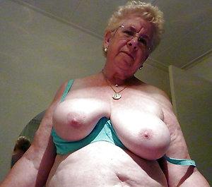 Natural busty grannies sex pics
