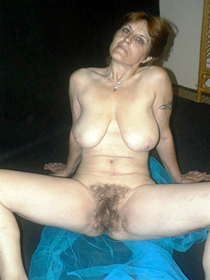 Free xxx old lady hairy pussy pics
