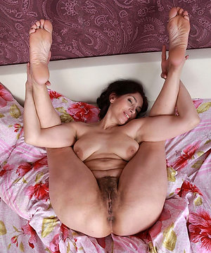 Handsome mature women with hairy bush